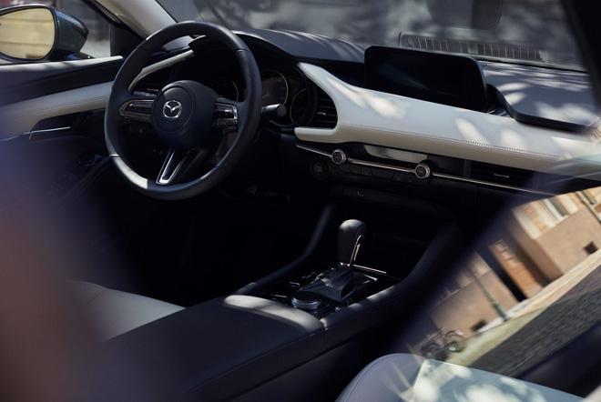 Mazda3 2019 hé lộ những hình ảnh thực tế đầu tiên - 4