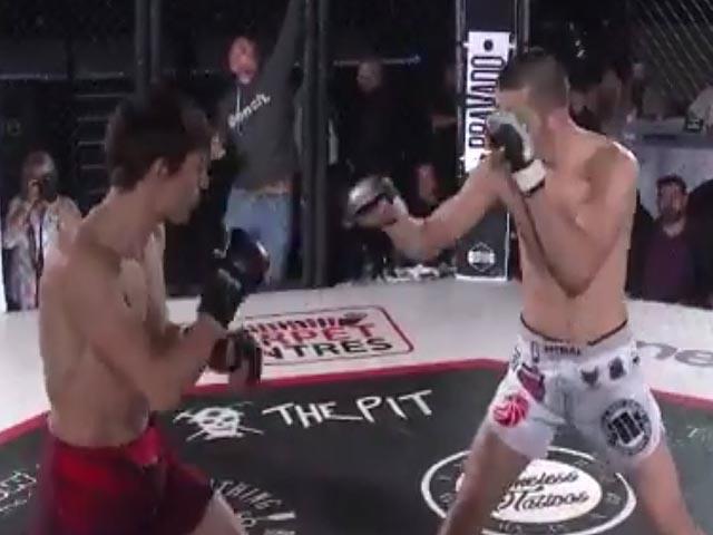 Bá cước MMA ngàn cân: Giây đầu hiên ngang, 17 giây sau nằm im