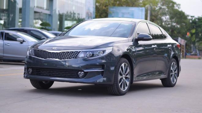 Kia Optima giảm giá còn 757 triệu, rẻ hơn cả Mazda 3 - 1