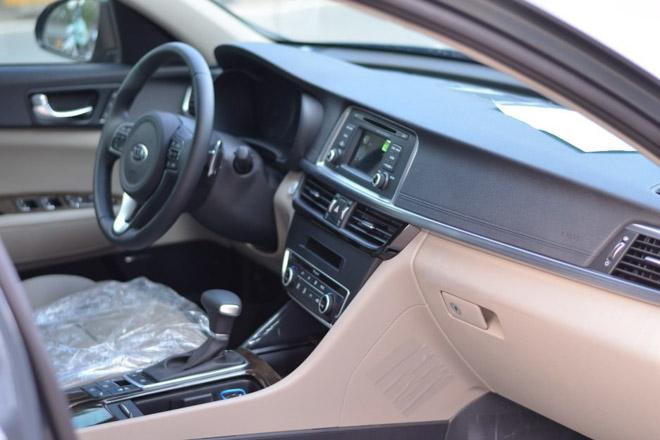 Kia Optima giảm giá còn 757 triệu, rẻ hơn cả Mazda 3 - 6