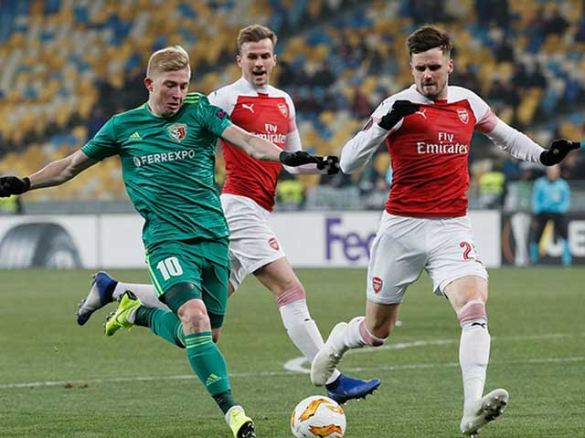 """Vorskla Poltava - Arsenal: """"Pháo trẻ"""" tung hoành, đại tiệc bàn thắng"""