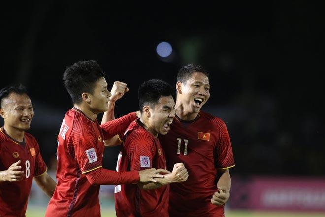 ĐT Việt Nam vỡ òa: Văn Hậu kiến tạo như Bale, Anh Đức đẳng cấp ghi bàn - 6