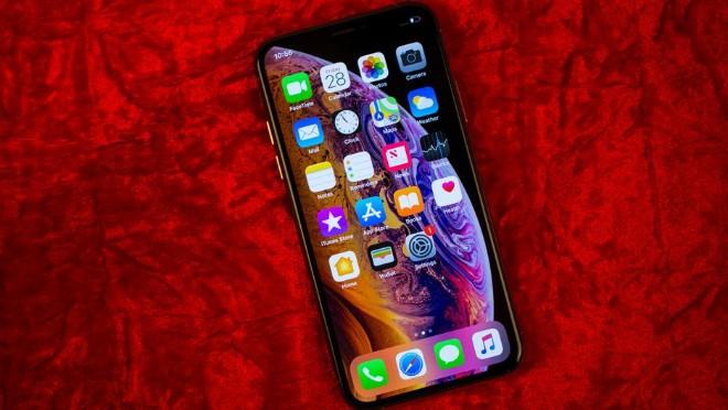 Những điện thoại tốt nhất để tặng làm quà dịp cuối năm - 6