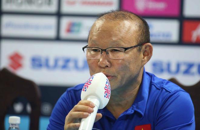 """Tin nóng AFF Cup ngày 4/12: Vé """"chợ đen"""" Việt Nam-Philippines 8 triệu đồng/cặp - 2"""