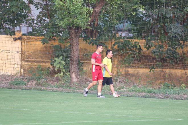ĐT Việt Nam tập đấu Philippines lượt về: Hùng Dũng chấn thương, thầy Park đăm chiêu - 8
