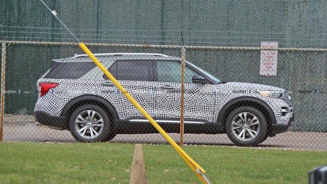 Ford Explorer 2020 lộ ảnh chạy thử tại Mỹ - 2