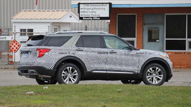 Ford Explorer 2020 lộ ảnh chạy thử tại Mỹ - 4