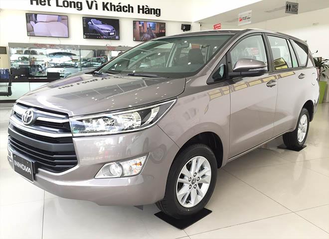 Giá xe Toyota Innova 2019 cập nhật mới nhất - Ưu đãi 30 triệu tiền mặt và 1 năm bảo hiểm thân xe - 6