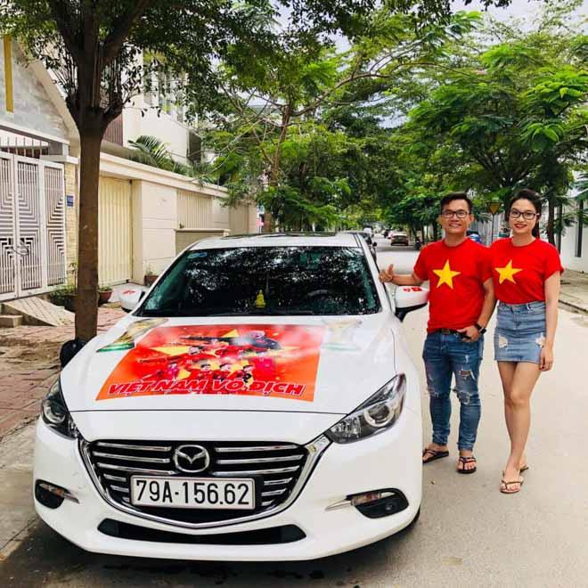 Fan cuồng đội phủ kín xế yêu bằng hình tuyển Việt Nam, mơ vô địch AFF Cup - 13