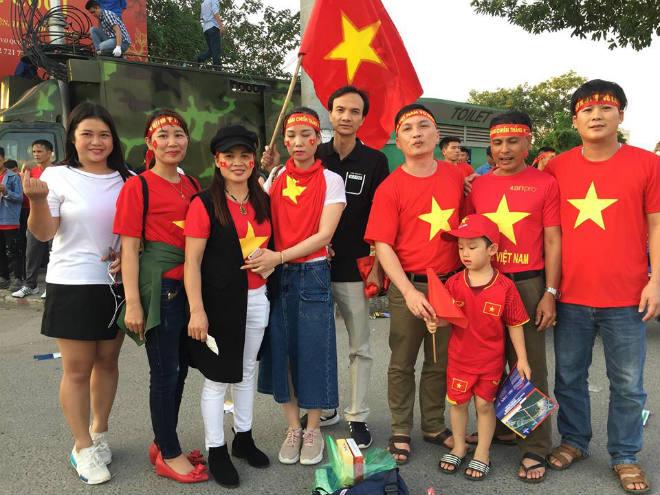 """Trực tiếp Việt Nam - Philippines: Huy Hùng vào sân tăng chất """"thép"""" - 19"""