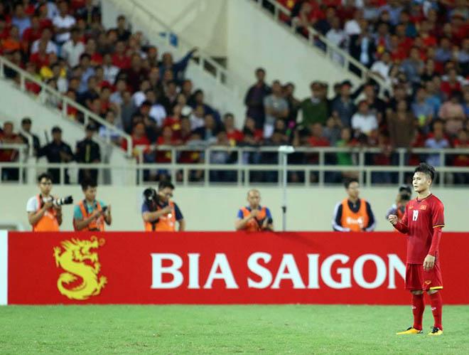 ĐT Việt Nam thẳng tiến vào chung kết: Mở tiệc mừng ở sân Mỹ Đình - 6