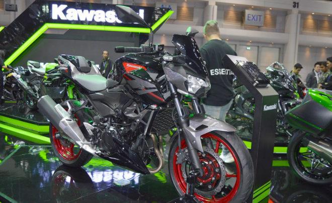 Kawasaki Z400 giá 132 triệu đồng, phái mạnh thao thức - 8