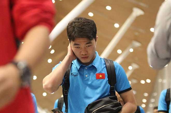 ĐT Việt Nam đã tới Malaysia: Công Phượng rạng rỡ chờ đá chung kết - 15