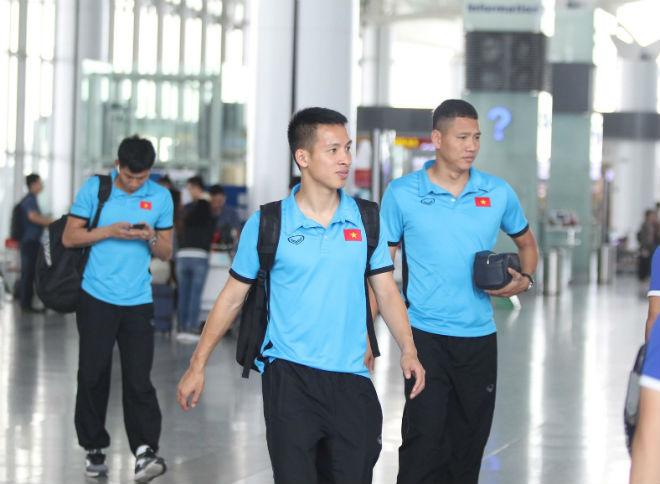 ĐT Việt Nam đã tới Malaysia: Công Phượng rạng rỡ chờ đá chung kết - 6