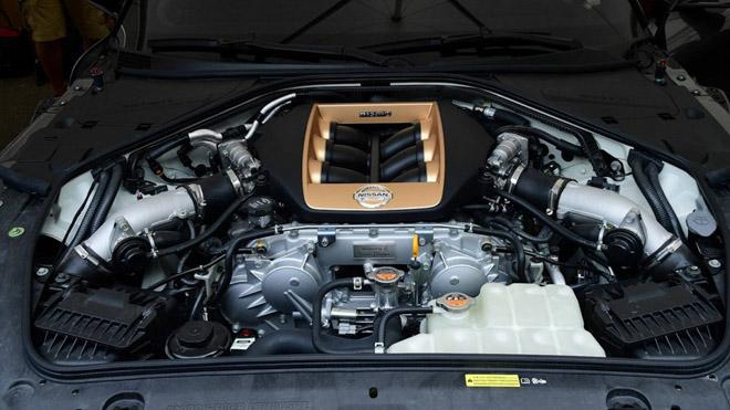 Phiên bản kỷ niệm Nissan GT-R50 được bán với giá 1,2 triệu USD - 8