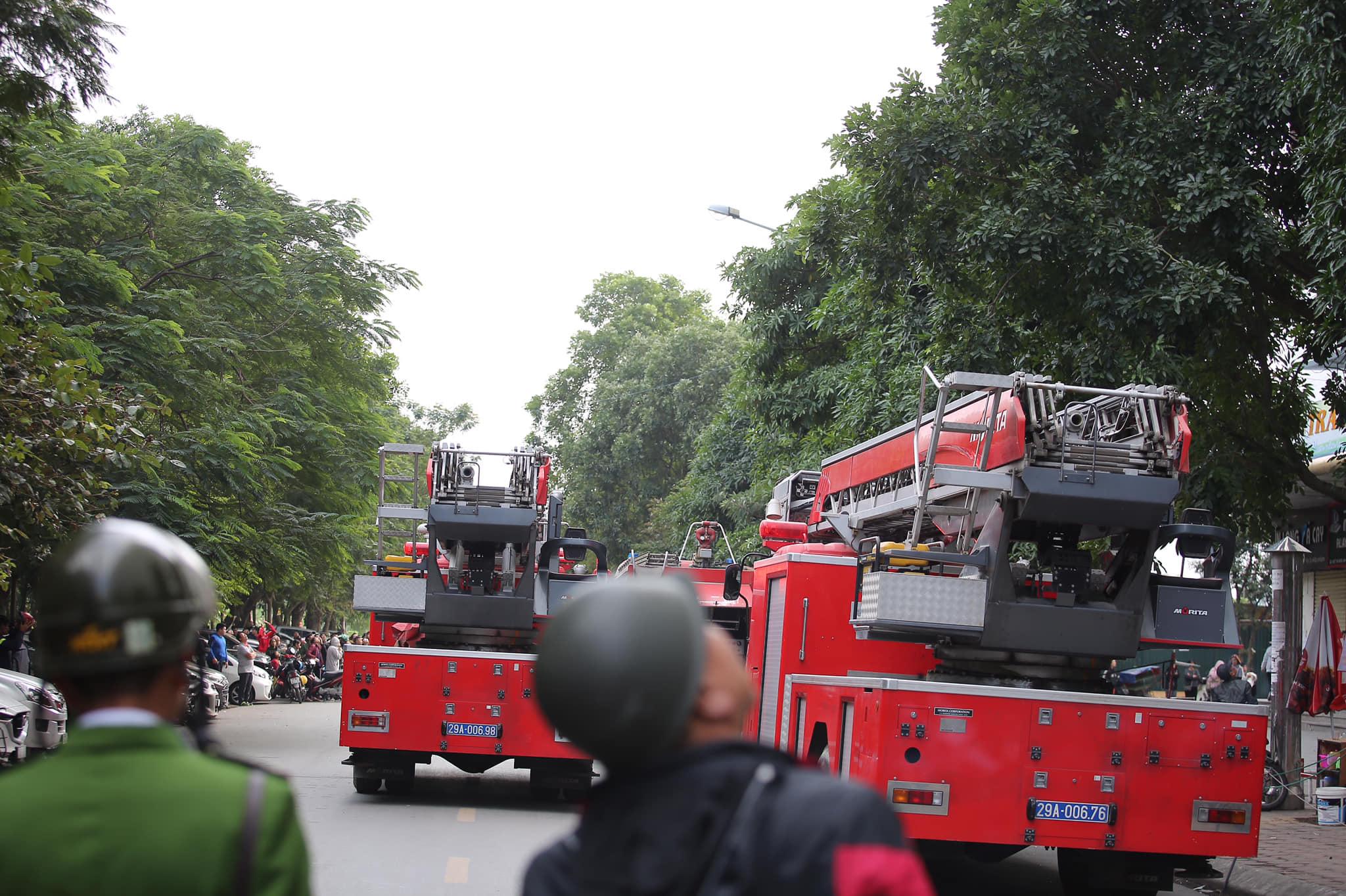 Cháy tầng 31 chung cư Linh Đàm, nghi có người thiệt mạng - 2