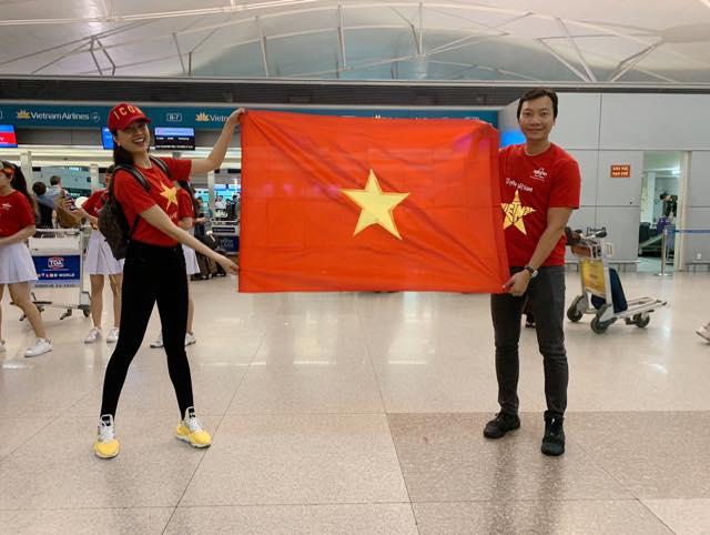 Sao Việt rầm rộ đổ bộ sang Malaysia cổ vũ: Dân mạng bình luận hài hước - 4
