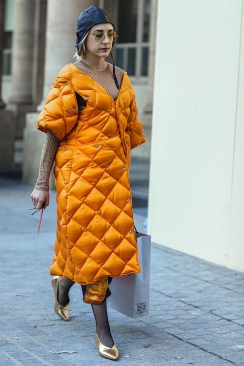 Nhẹ tênh lại ấm tuyệt đối, nhưng áo phao mặc thế nào cho đẹp? - 4