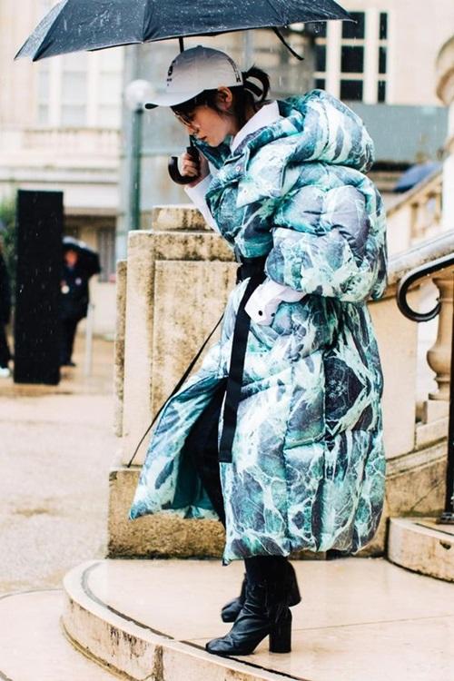 Nhẹ tênh lại ấm tuyệt đối, nhưng áo phao mặc thế nào cho đẹp? - 9