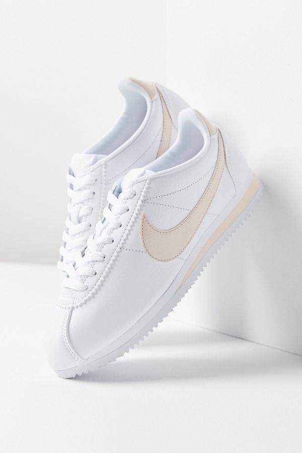 3 kiểu sneaker sẽ thống trị đường phố năm 2019 - 10