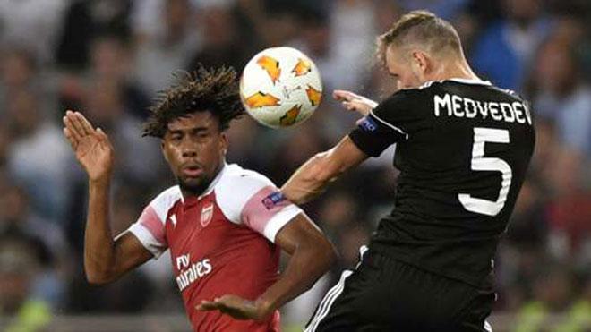"""Arsenal - Qarabag: Chờ cuộc lật đổ từ """"tý hon"""" - 2"""