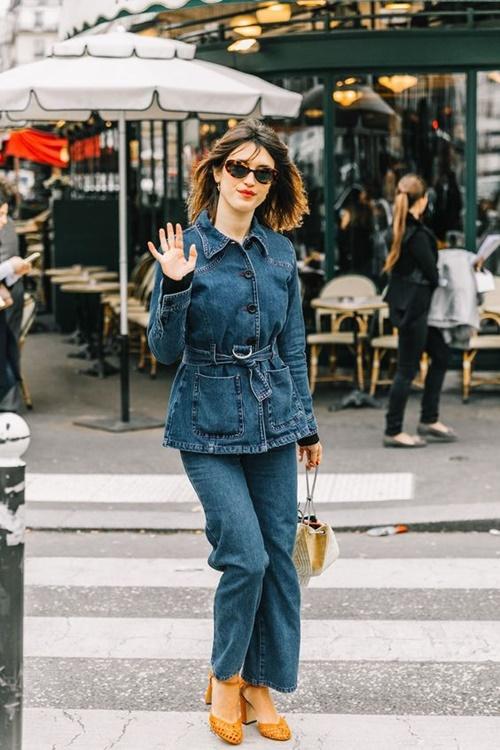 Quên kiểu quần jeans bó giò đi, đây mới là mốt jeans thống trị 2019 - 6