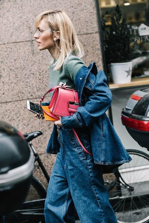 Quên kiểu quần jeans bó giò đi, đây mới là mốt jeans thống trị 2019 - 8