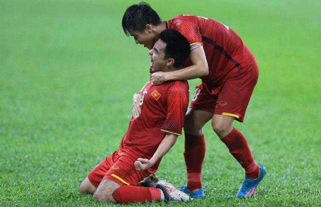 ĐT Việt Nam tái đấu Malaysia: Thầy Park tấn công hay cầu hòa để chiến thắng - 1