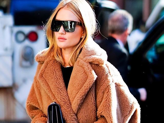 """Áo khoác đắt """"cắt cổ"""" mà chị em mặc như đồng phục mùa đông"""