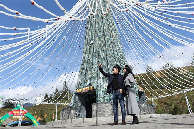 Những cây thông Noel đặc biệt… đang khiến du khách phát sốt với Lễ hội mùa đông Fansipan - 3