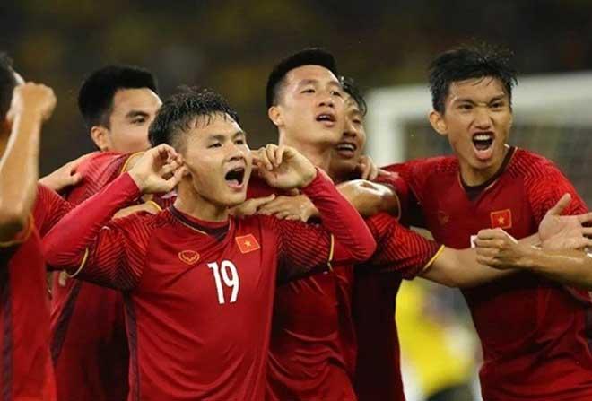 Đội hình tiêu biểu AFF Cup: 4 SAO Việt Nam góp mặt, khó hiểu hàng thủ - 2