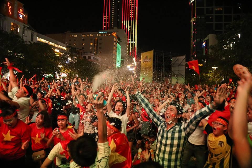Hình ảnh không thể nào quên trong ngày Việt Nam lên ngôi vô địch AFF Cup 2018 - 12