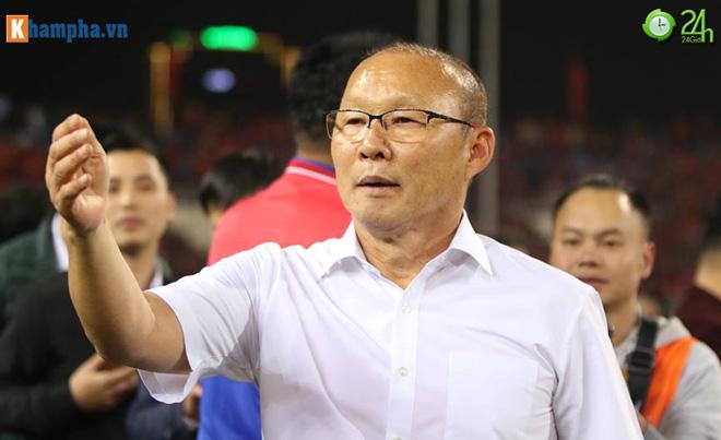 Việt Nam vô địch AFF Cup, thầy Park lập tức đi gặp bầu Đức - 2