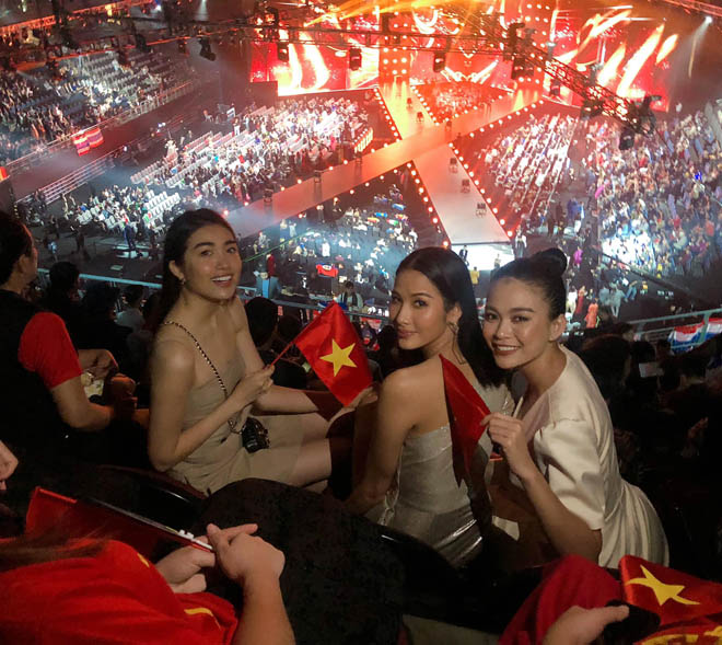Sao Việt vỡ òa khi Việt Nam lần đầu lọt Top 5 Hoa hậu Hoàn vũ - 1