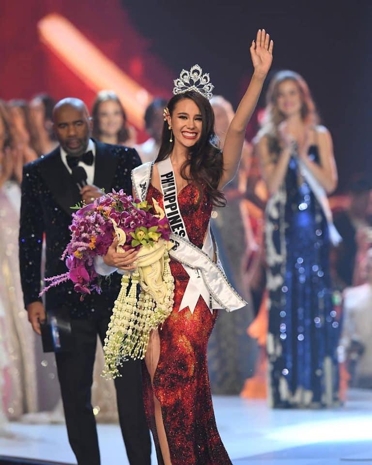 Nhan sắc tựa nữ thần hạ thế của tân Hoa hậu Hoàn vũ 2018 - 1