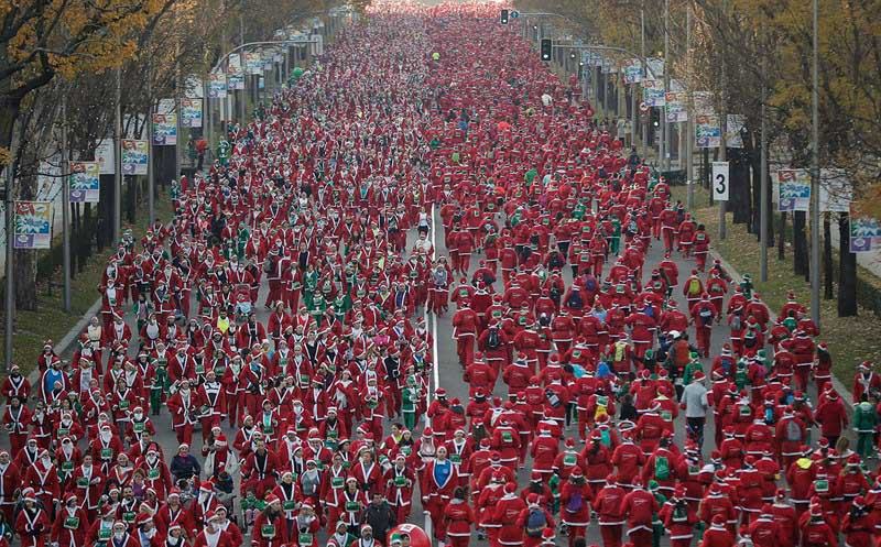 Trái Đất biến thành quả cầu đỏ rực trước Giáng sinh - 6