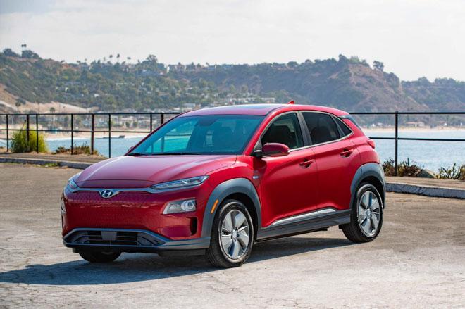 Hyundai Kona bản chạy điện sắp bán ra từ đầu năm sau, giá từ 690 triệu đồng - 1