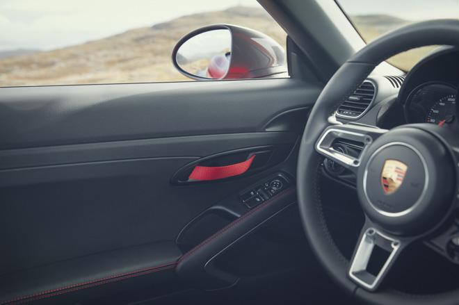 Porsche giới thiệu phiên bản thể thao giá rẻ 718T Cayman và 718T Boxster - 9