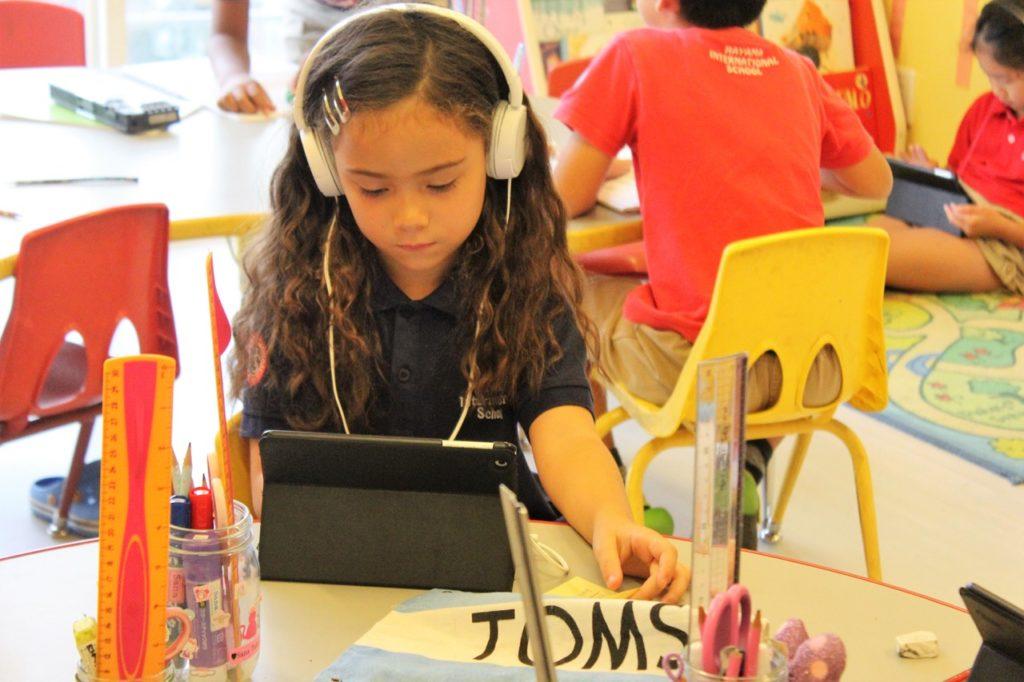 """Không muốn con trở thành """"đứa trẻ hoàn hảo"""", bà mẹ Nhật tự mở trường dạy học - 3"""