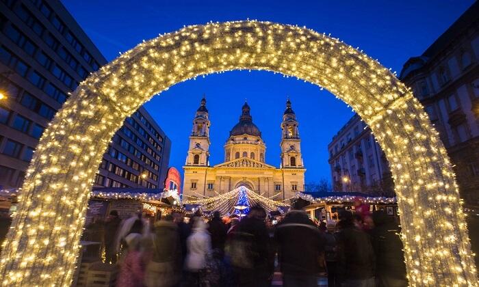 Không khí Giáng sinh nhộn nhịp khắp châu Âu khiến mọi người chỉ muốn đi chơi ngay - 2