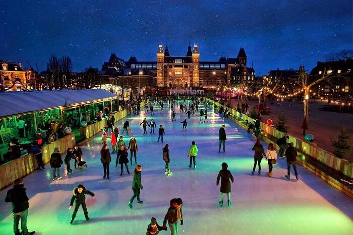 Không khí Giáng sinh nhộn nhịp khắp châu Âu khiến mọi người chỉ muốn đi chơi ngay - 6