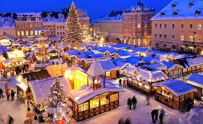 Không khí Giáng sinh nhộn nhịp khắp châu Âu khiến mọi người chỉ muốn đi chơi ngay - 13
