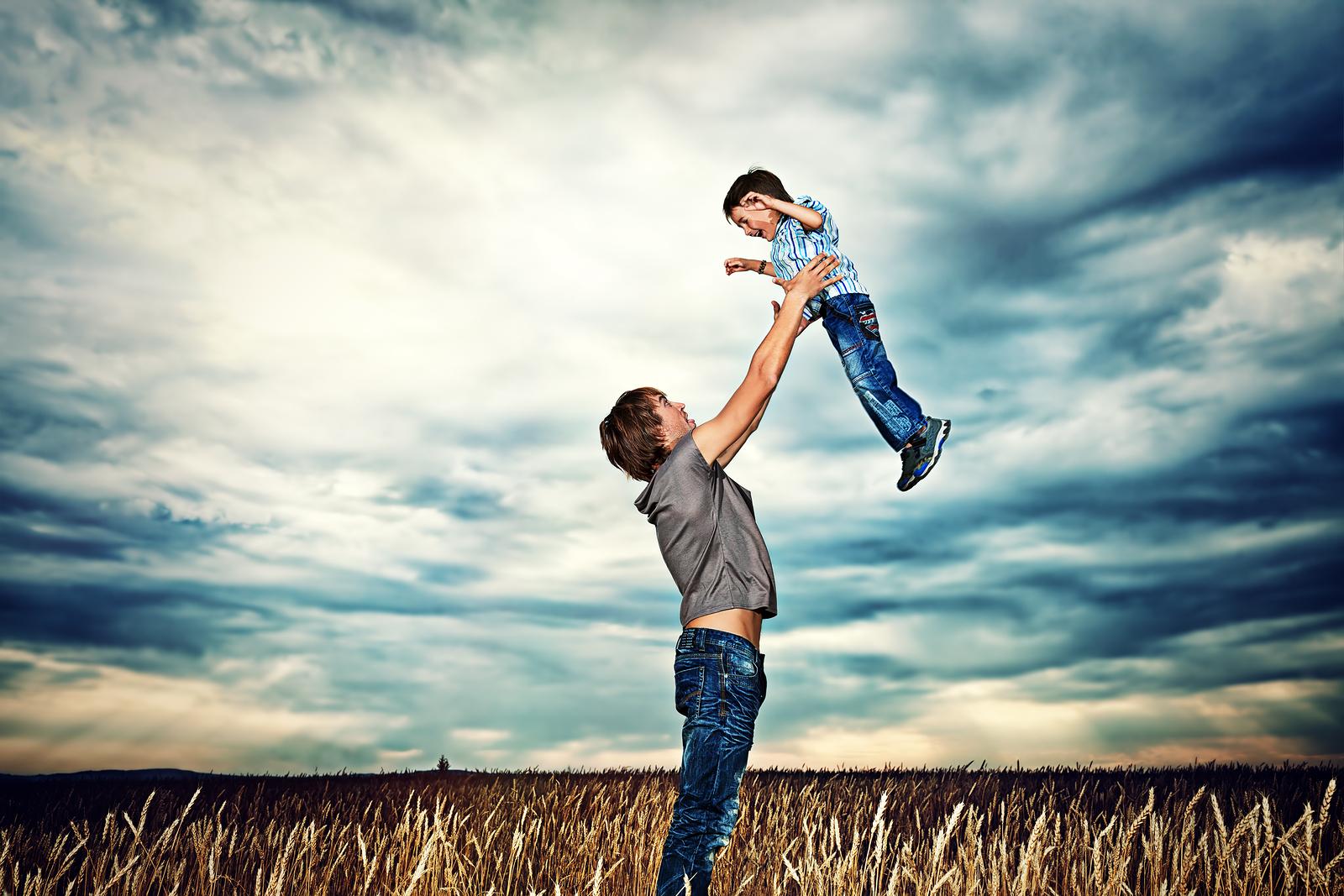 8 bài học chỉ có các ông bố mới dạy được con trai mình - 8