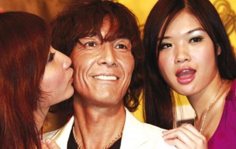Nam diễn viên 18+ Nhật Bản và những sự thật giật mình - 1