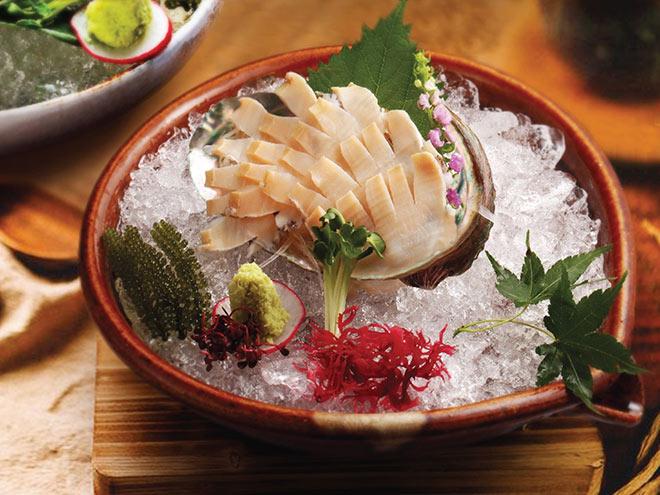 Bếp trưởng Sushi Hokkaido Sachi tiết lộ bí mật về hải sản tươi sống làm nên món ăn cực phẩm - 4