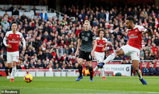 Arsenal - Burnley: Rượt đuổi nghẹt thở, định đoạt phút bù giờ - 1