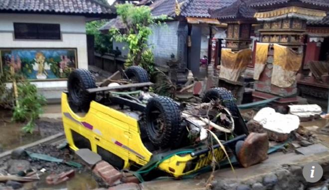 220 người chết, 800 người bị thương trong thảm họa sóng thần Indonesia - 2