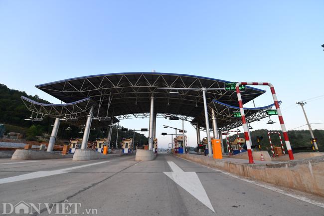 Toàn cảnh cao tốc 12.000 tỷ đồng tại Quảng Ninh trước ngày thông xe - 3