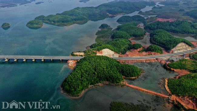 Toàn cảnh cao tốc 12.000 tỷ đồng tại Quảng Ninh trước ngày thông xe - 8