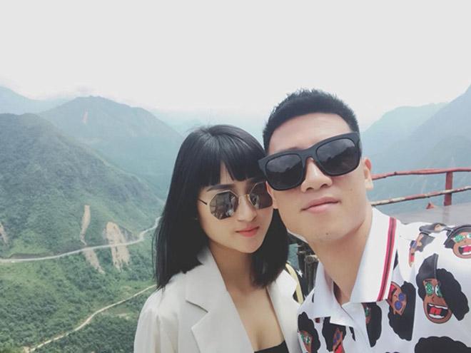 Tiền vệ Huy Hùng - cầu thủ chăm khoe ảnh bạn gái nhất tuyển Việt Nam - 8